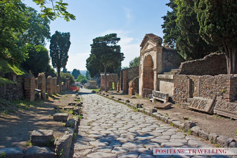 Herculaneum Pompeii Tours